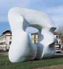 Monumento di Henry Moore