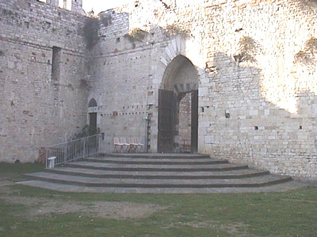 Interno del castello dell'imperatore